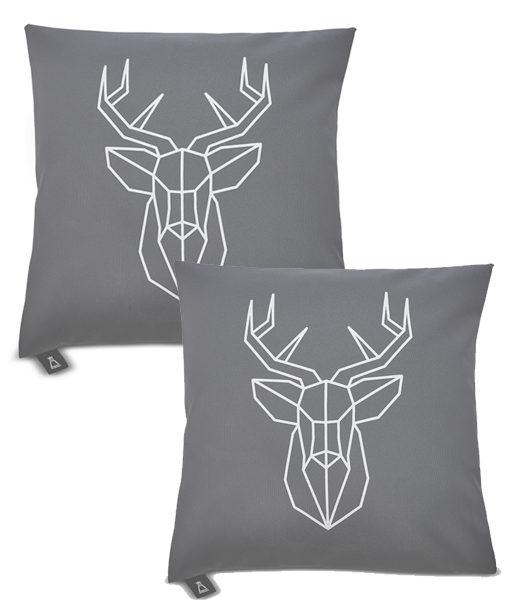 Poszewki dekoracyjne na poduszkę z jeleniem Regal Cotton w salonie